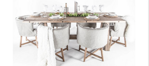 Uniqwa Dining Table and Chairs